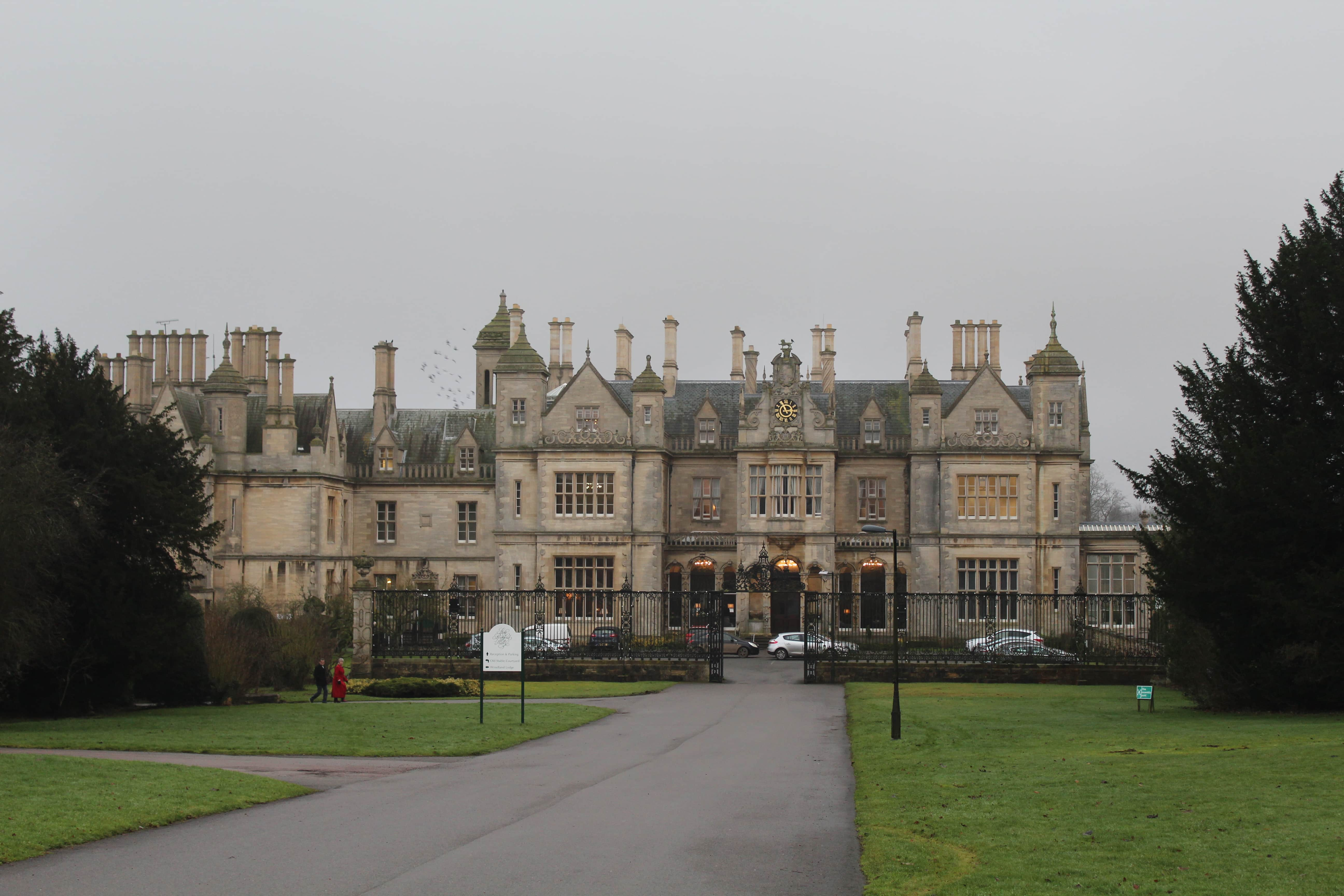 Stoke Rochford hall, afternoon tea blog review. Bucket list idea
