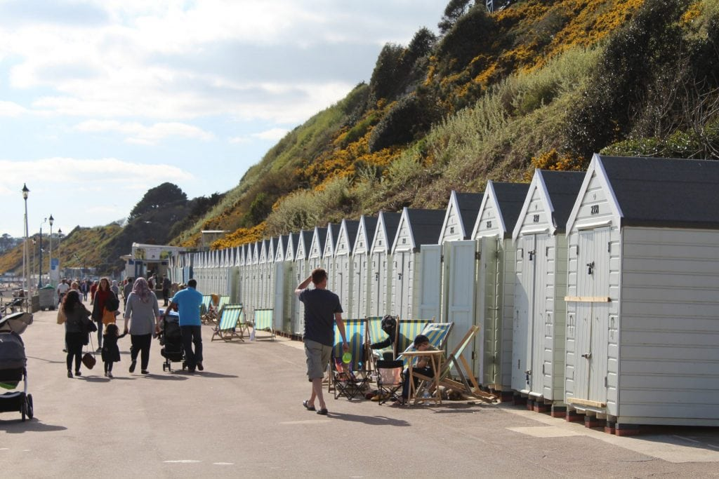 Beach-huts-for-hire-bournemouth-beach