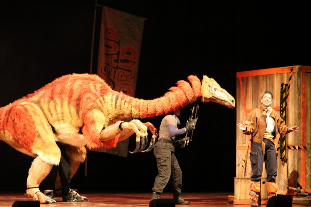 Dinosaur World - A Great Dinosaur Adventure Show - Theatre Review