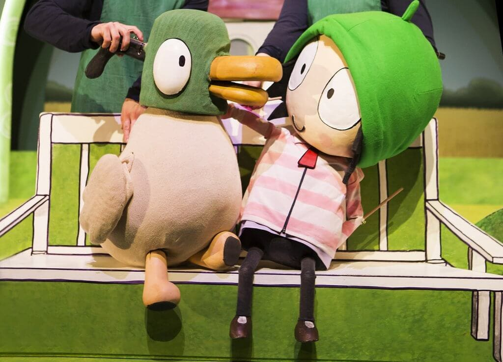 Sarah & Duck Theatre Tour Review - The Old Court, Windsor