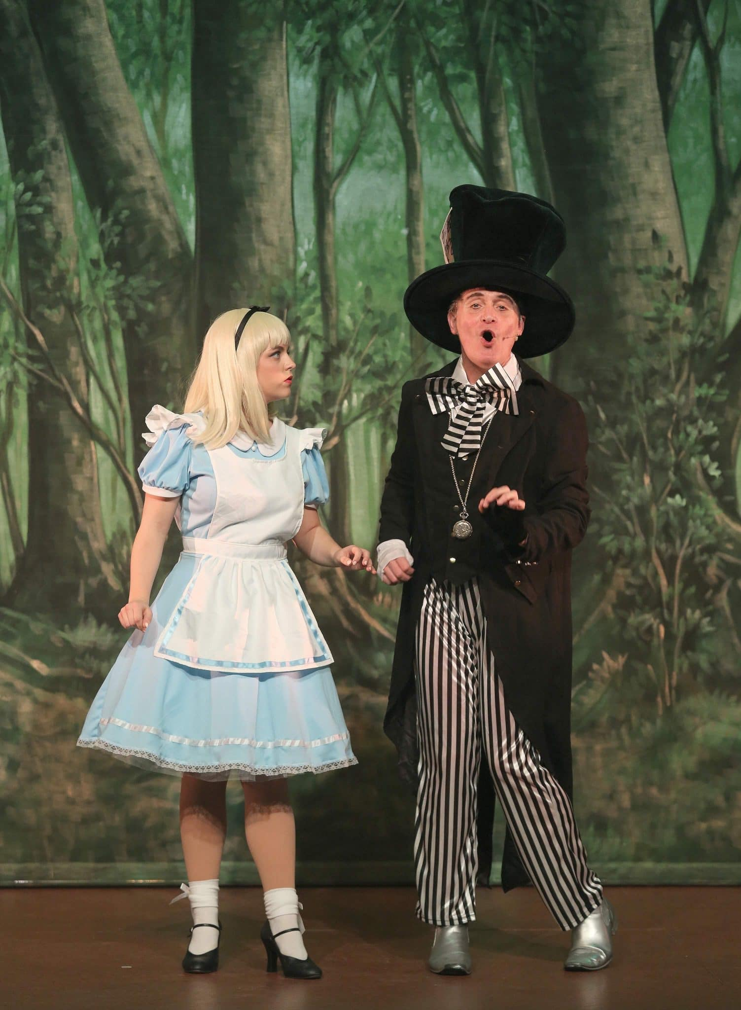 Alice in Wonderland | Easter Pantomime 2018 | New Theatre Royal Lincoln Review