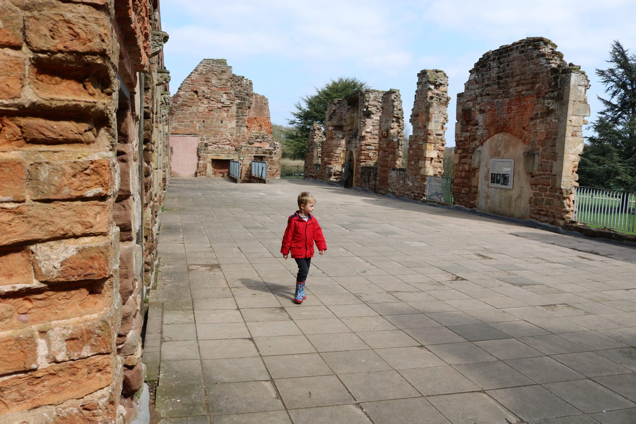 Rufford Abbey Park | Things To Do | Free Day Out