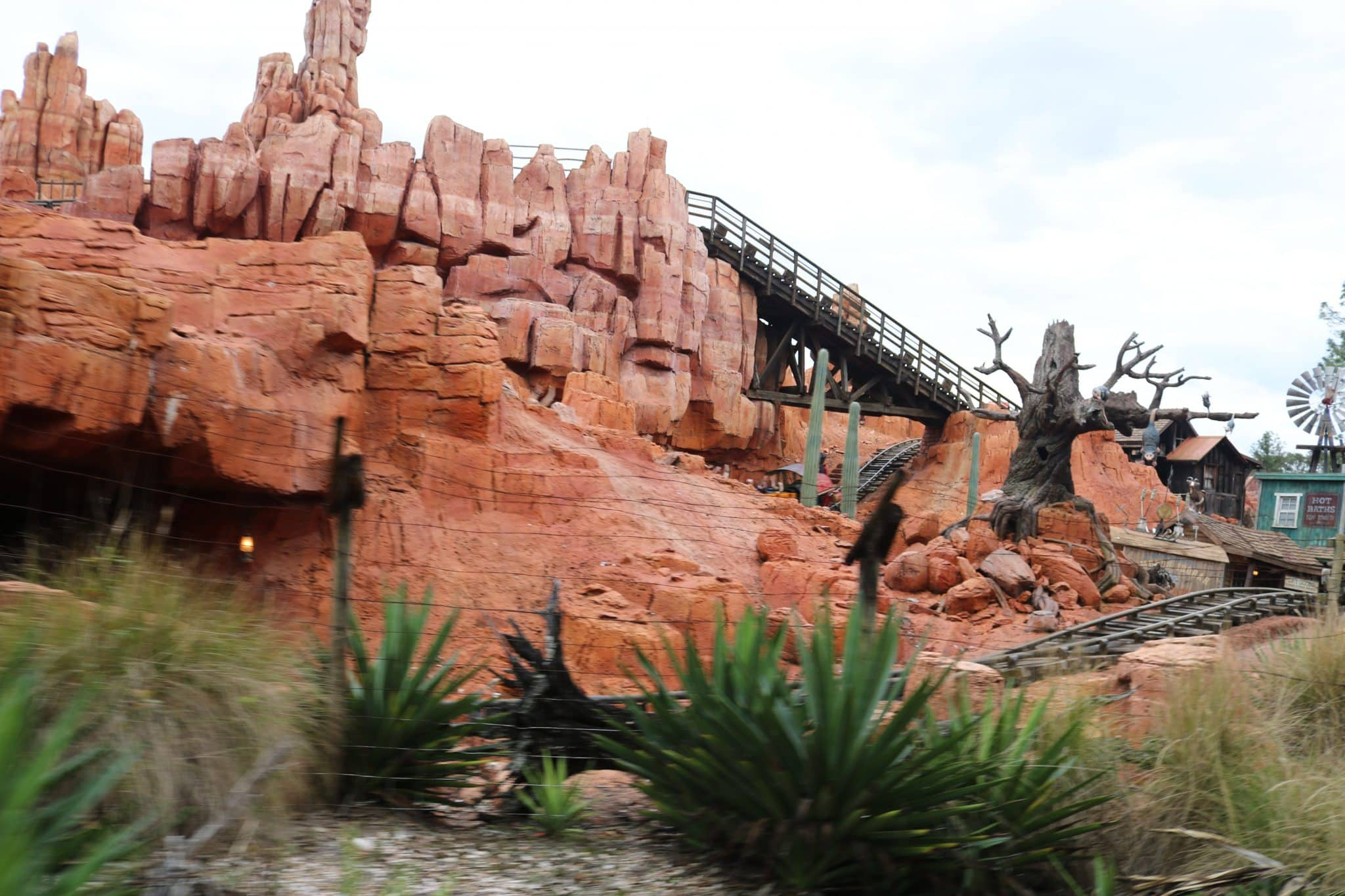 Top 10 Best Rides Disney World   Not to Miss   Family Rides