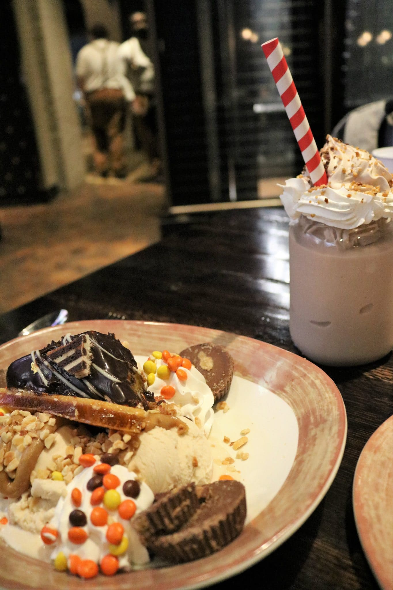 The Toothsome Chocolate Emporium at Universal's City Walk   A Review