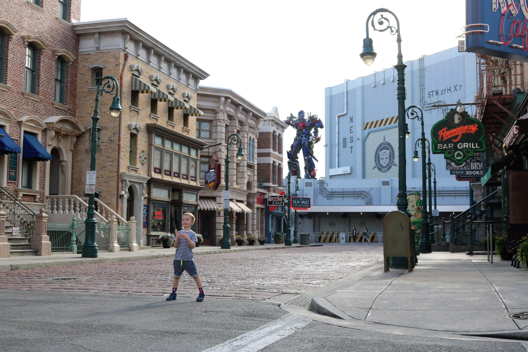 Transformers the Ride 3D (one of the adjacent streets)