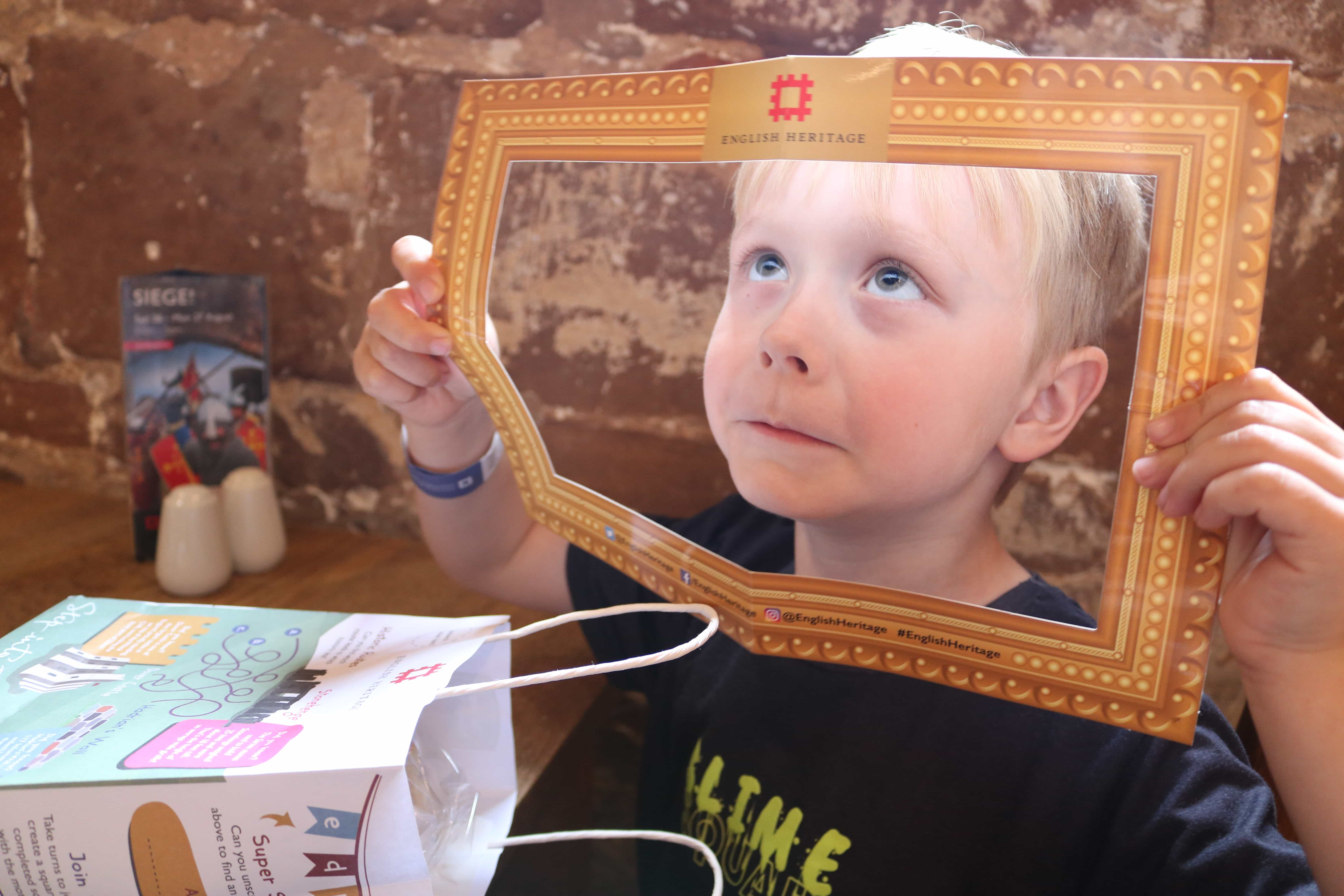 He loved his 'picture frame' in his lunch bag