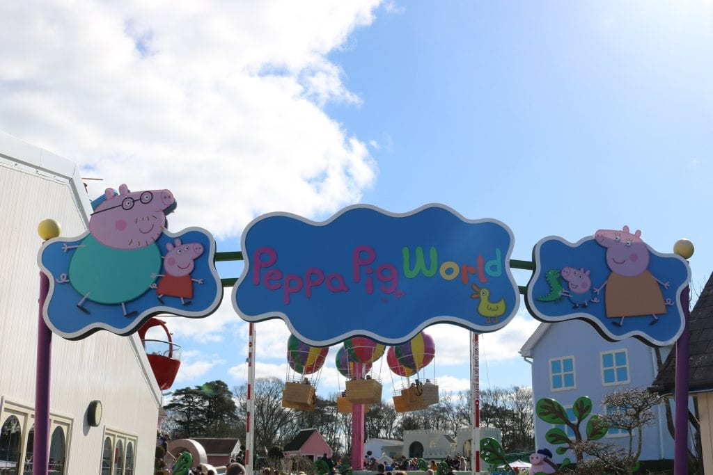 Honest Review of Paultons Park and Peppa Pig World