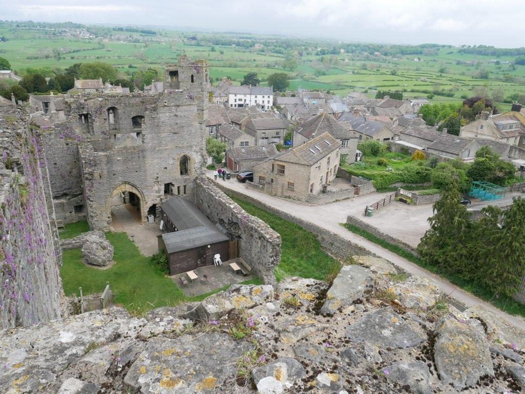 Thumbnail for Middleham Castle