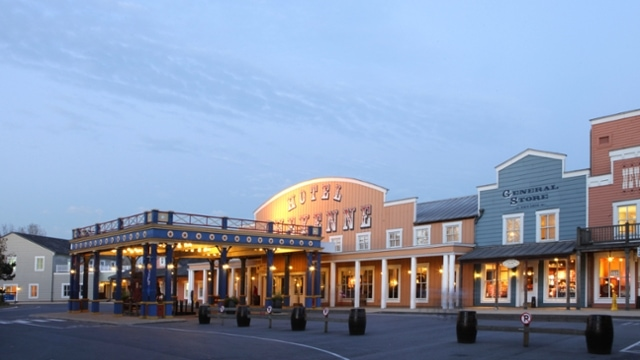 Compare the Hotels in Disneyland Paris Park