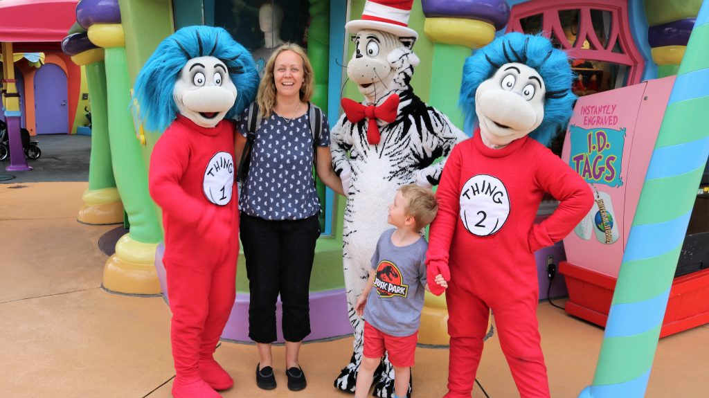Meeting Cat in the hat, Thing 1 and Thing 2 at Islands of Adventure