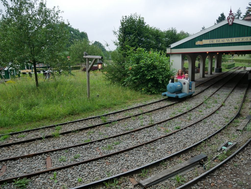Kinderspoor pedal trains