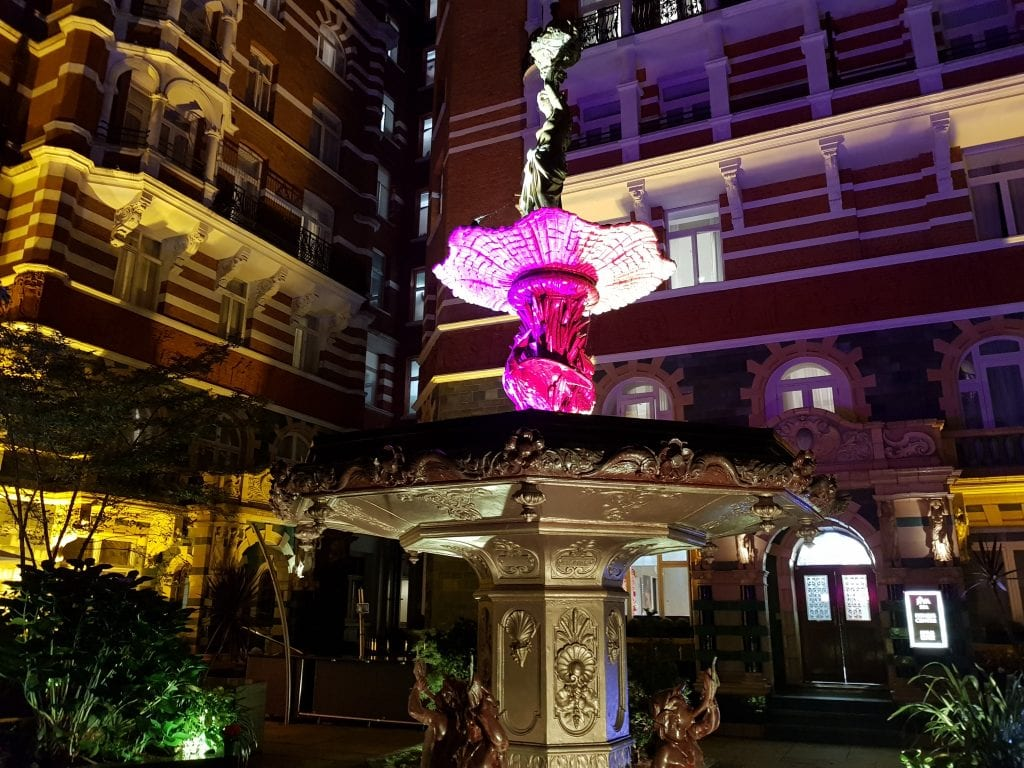 Taj 51 Buckingham Gate courtyard by night