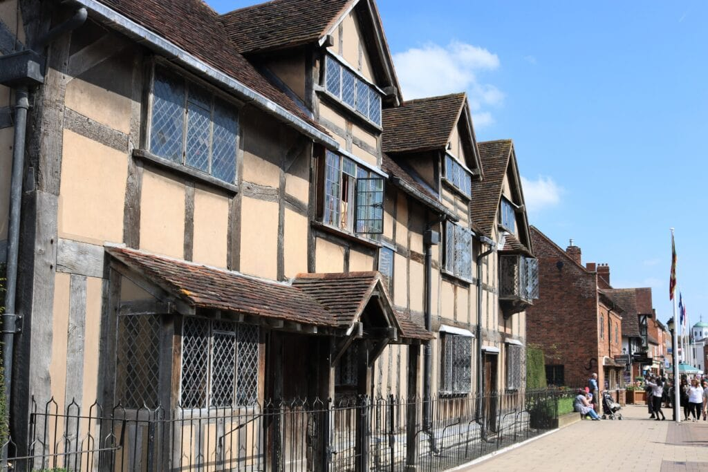 Shakespeare's Family Homes - Shakespeare Birthplace Trust