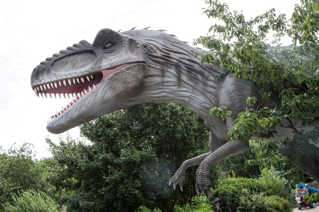 Featured image for Gullivers Dinosaur and Farm Park