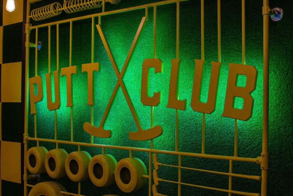 Putt Club Crazy Golf Hull