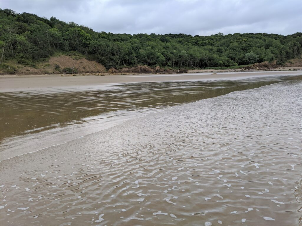 Cayton Bay Beach