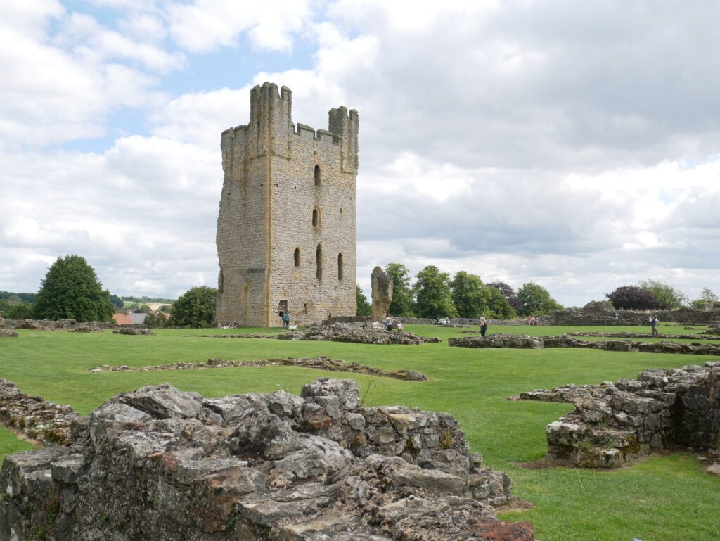 Featured image for Helmsley Castle