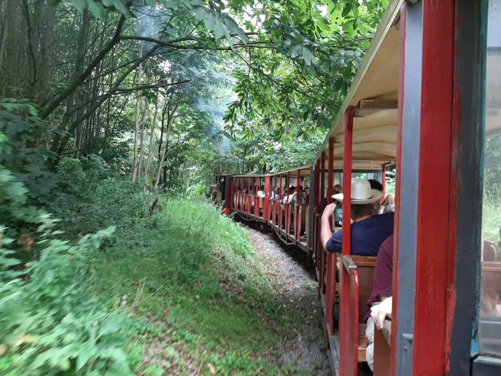 Hollycombe Steam in the Country