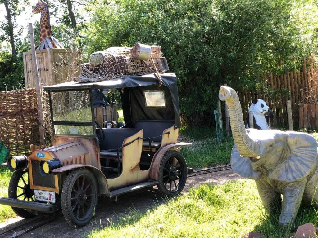 Thumbnail for Pettitts Animal Adventure Park