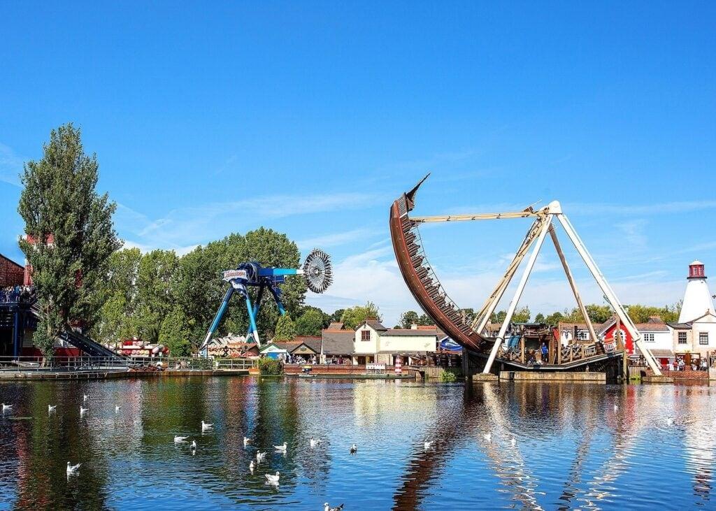 Thumbnail for Drayton Manor Theme Park