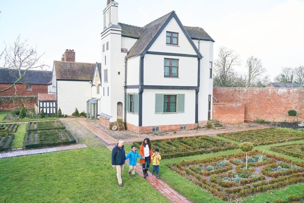 Thumbnail for Boscobel House and The Royal Oak