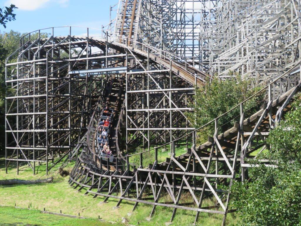 Thumbnail for Oakwood Theme Park