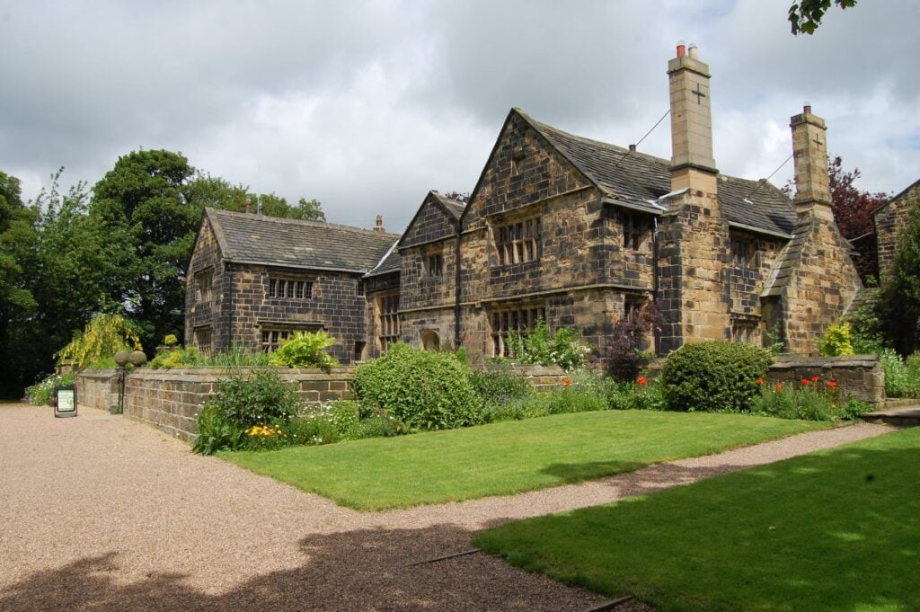 Thumbnail for Oakwell Hall and Country Park