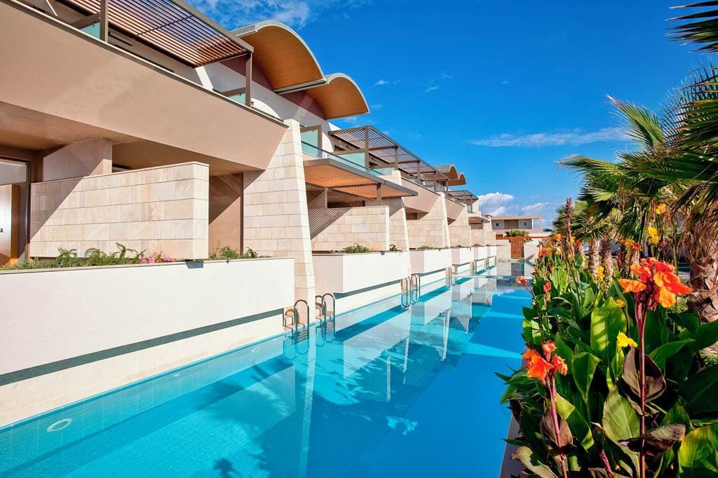 Avra Swim Up Hotel